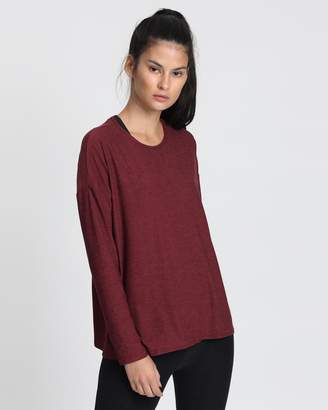 Beyond Yoga Draw The Line Pullover T-Shirt