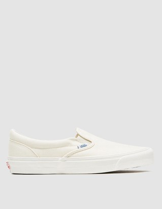 Vault by Vans Men's OG Classic Slip-On LX White Shoes, Size 9 | Leather