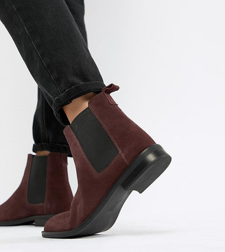 Asos Design DESIGN Wide Fit Aura suede chelsea ankle boots-Red