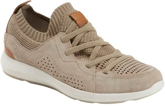 Earth R) Flow Sneaker (Women)