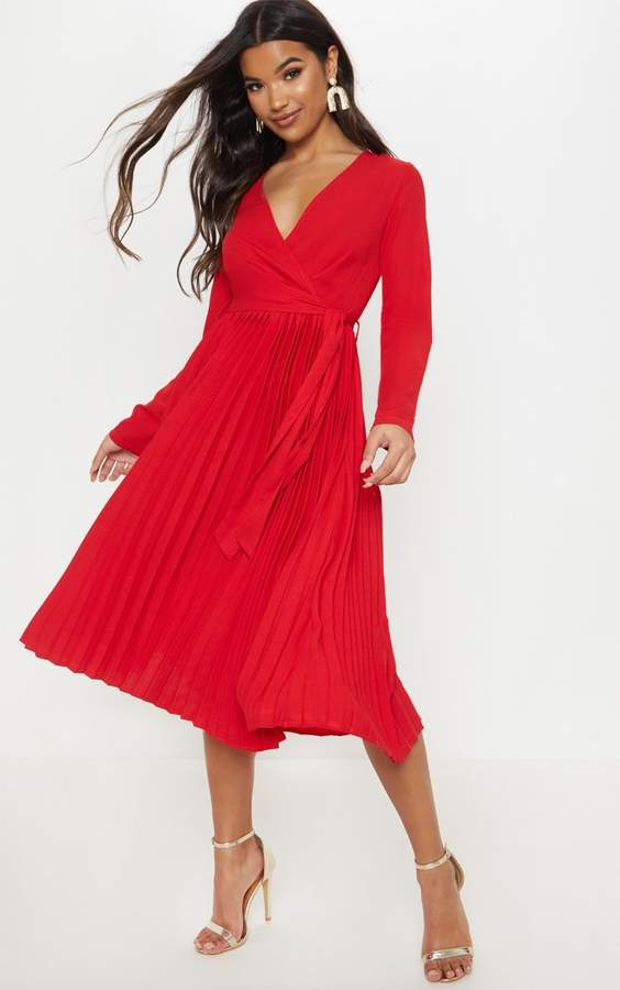 PrettyLittleThing Red Long Sleeve Pleated Midi Dress