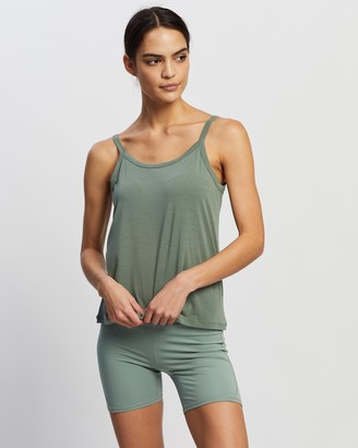 Nimble Activewear Women's Green Singlets - Bind Tank - Size XS at The Iconic