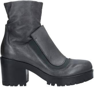 JFK Ankle boots