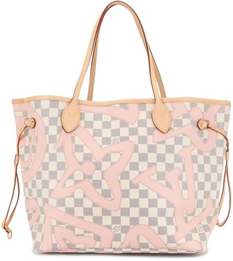 Louis Vuitton 2017 Neverfull MM tote