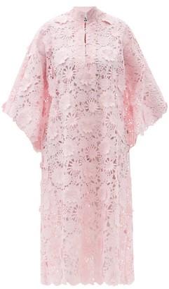 La Vie Style House - No. 400 Guipure-lace Kaftan - Light Pink