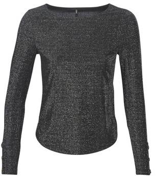 Only ONLASTA women's Long Sleeve T-shirt in Black