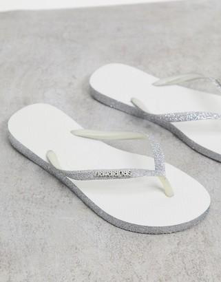 Havaianas slim flip flops in silver sparkle