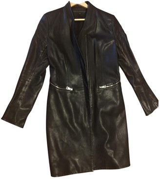 Ventcouvert Black Leather Coat for Women