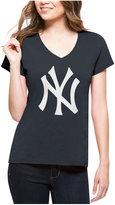 '47 Women's New York Yankees Splitter Logo T-Shirt