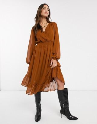 Vila wrap midi dress with sheer volume sleeve-Beige