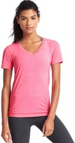 Gap GapFit Breathe V-neck tee