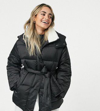 ASOS DESIGN Petite sateen belted puffer jacket with shearling collar in black
