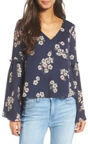 Cupcakes And Cashmere Women's Audriana Bell Sleeve Top
