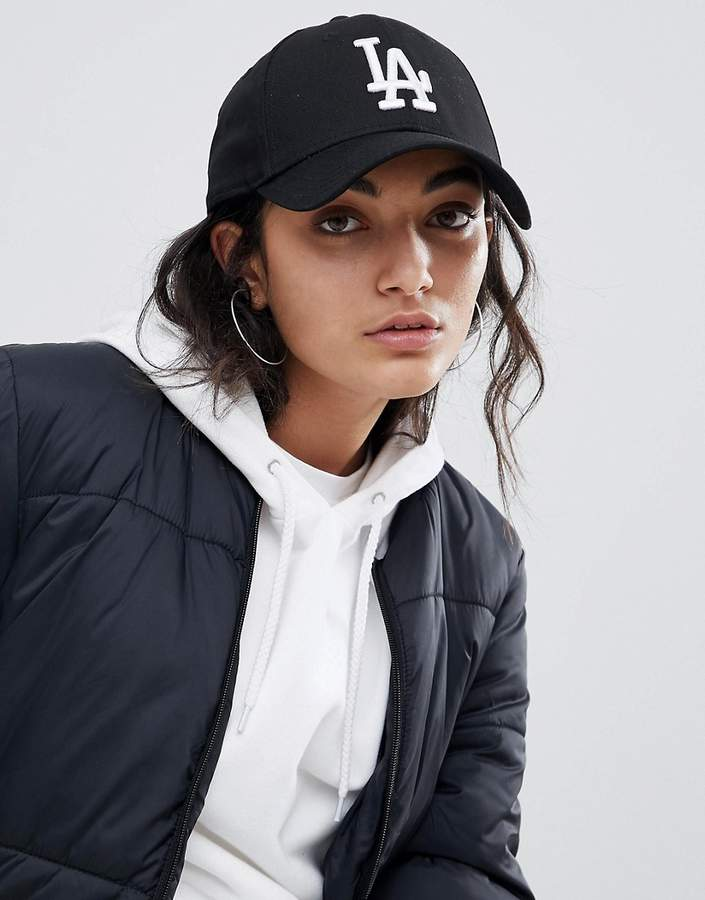 New Era La Black 9forty Cap