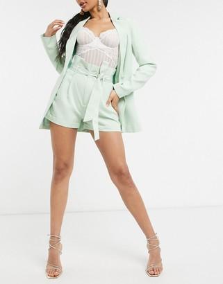 UNIQUE21 paperbag waist shorts in sage green