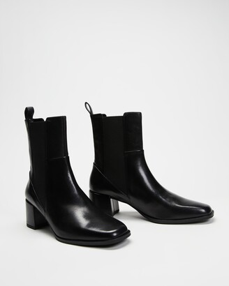 Vagabond Women's Black Chelsea Boots - Stina - Size 39 at The Iconic