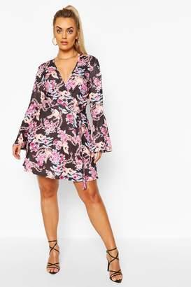 boohoo Plus Oriental Flare Sleeve Wrap Dress