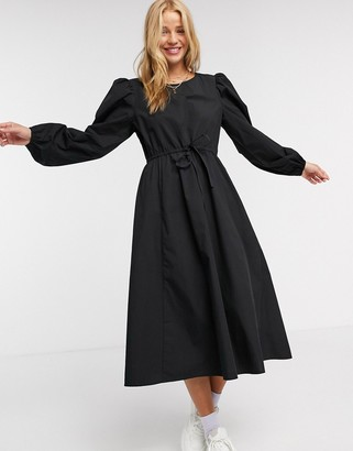 Monki Mallan cotton midi smock dress in black