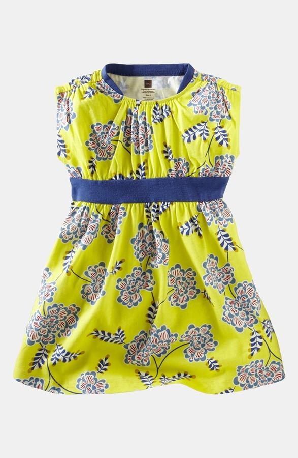 Tea Collection 'Chrysanthemum' Banded Dress (Baby Girls)