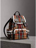 Burberry The Medium Rucksack in Check Cotton