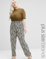 Koko Plus Pants In Daisy Print