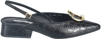YUUL YIE Block Low Heel Back Strap Textured Pumps