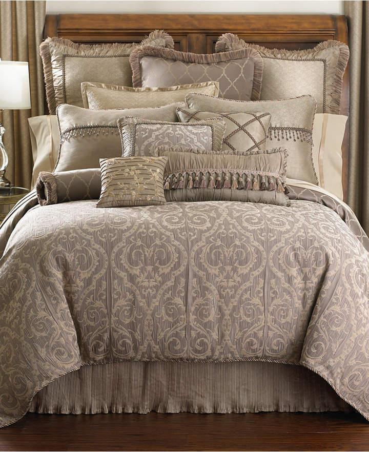 Waterford Hazeldene Queen Comforter