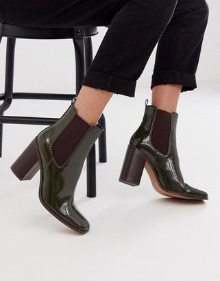 ASOS DESIGN River heeled chelsea boots in green patent