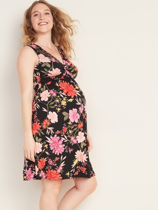 Old Navy Maternity Twist-Front Jersey Dress