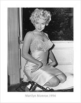Monroe 1art1 Posters: Bettmann Poster Art Print - Actress Marilyn 28 x 22 inches)