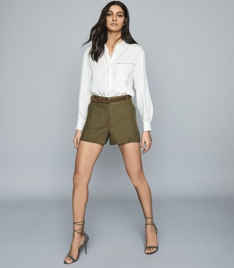 Reiss Lyla - Tailored Shorts in Khaki