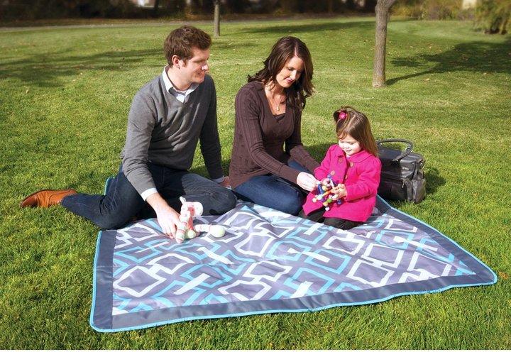 JJ Cole Outdoor Blanket - Gray Links