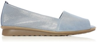 Shoon Pinda Light Blue Metallic Leather