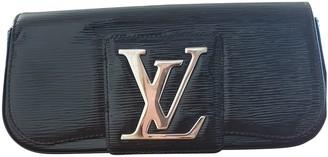 Louis Vuitton Sobe Black Leather Clutch bags