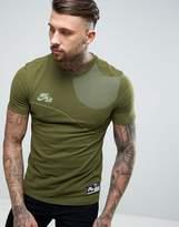 Nike Logo T-Shirt In Green 834579-387