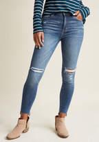 ModCloth Daylight Delight Distressed Skinny Jeans in 13 - Skinny Denim Pant