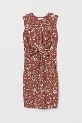 H&M MAMA Draped dress
