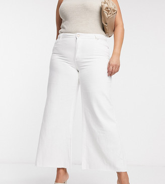 Lost Ink Plus wide-legged jeans in white