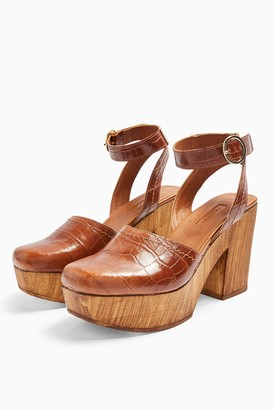 Topshop GABBY Tan Closed Leather Platform Clogs