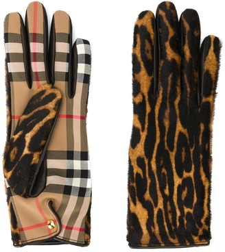 Burberry Leopard Check gloves
