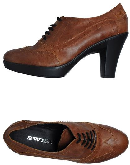 Swish Lace-up shoes