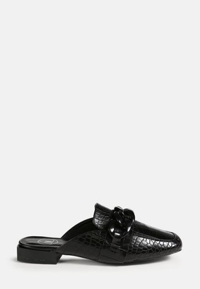 Missguided Black Chain Front Flat Mules