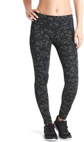 Gap gFast cross train reflective print leggings