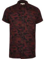 River Island MensBerry camo short sleeve shirt