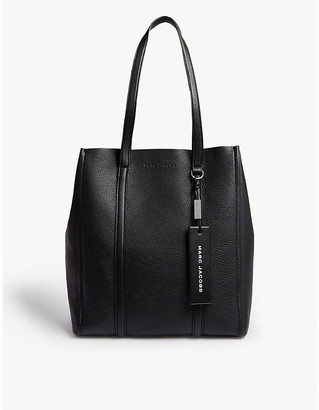 Marc Jacobs Ladies Black Tag Leather Tote Bag
