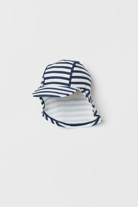 H&M Swim cap with UPF 50