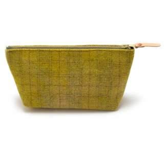 General Knot & Co Vintage Peridot Wool Plaid Travel Clutch