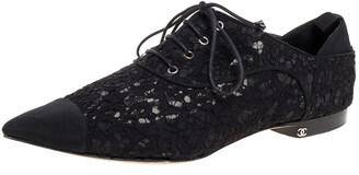 Chanel Black Floral Lace Cap Toe Lace Up Oxfords Size 41