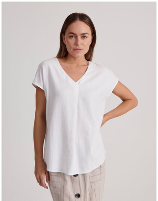 Regatta V-Neck Short Sleeve Front Pleat Linen Blend Top