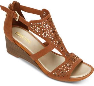 Kenneth Cole Reaction Women Roll T-Strap Sandals Women Shoes